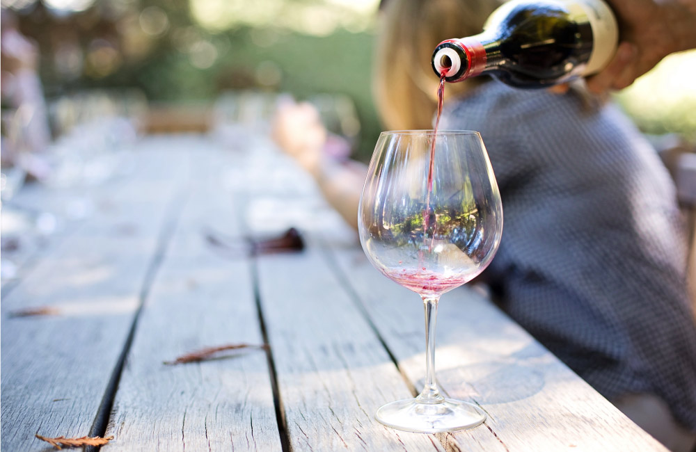 Refreshing Wines to Cool Down this Summer