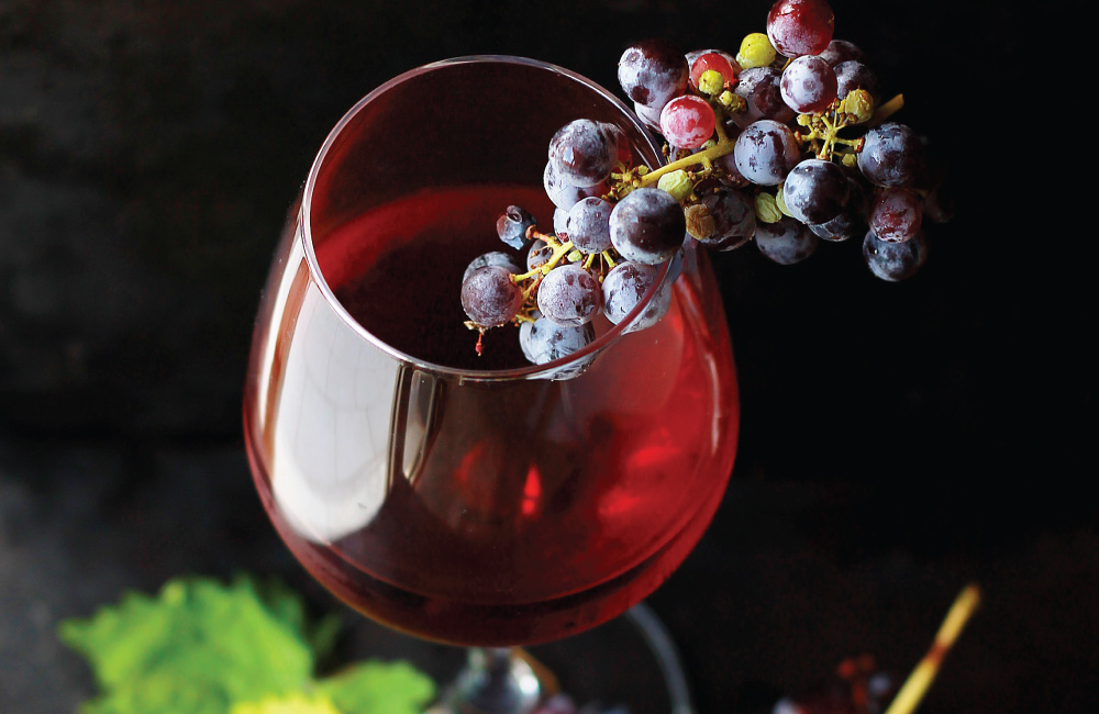 Red wine with your meal: find out the advantages